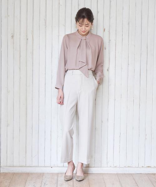 女性の服装例